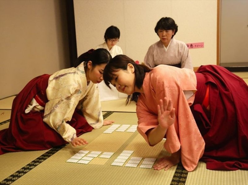 luật chơi bài Karuta